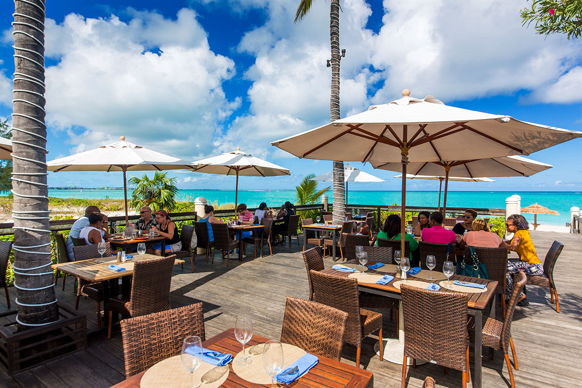Beachside Dining At The Sands Grace Bay